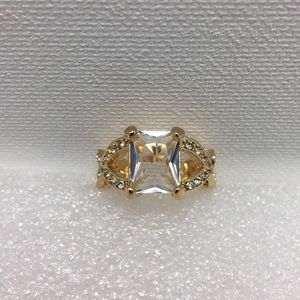 Clear Stone Gold Tone Ring Size 5.5